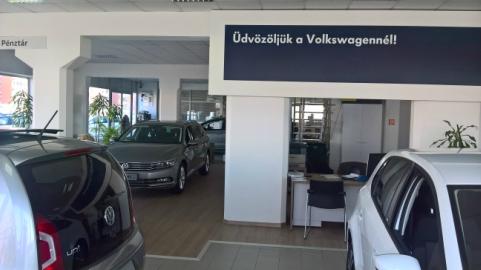 Berta-Vadász Kft. Volkswagen hivatalos márkaképviselet és szerviz. Volkswagen személygékocsik értékesítése, Volkswagen személygépkocsik és haszonjárművek szervizelése, teljes körü garanciális és garancia időn túli javítása, karosszéria és fényező műhely, alkatrész értékesítés.